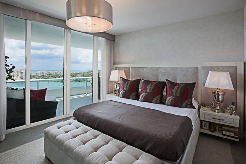 25 Master Bedrooms with a View-title