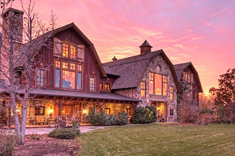 25 Photos of a Jaw Dropping 20 Million Barn Home In Utah-3