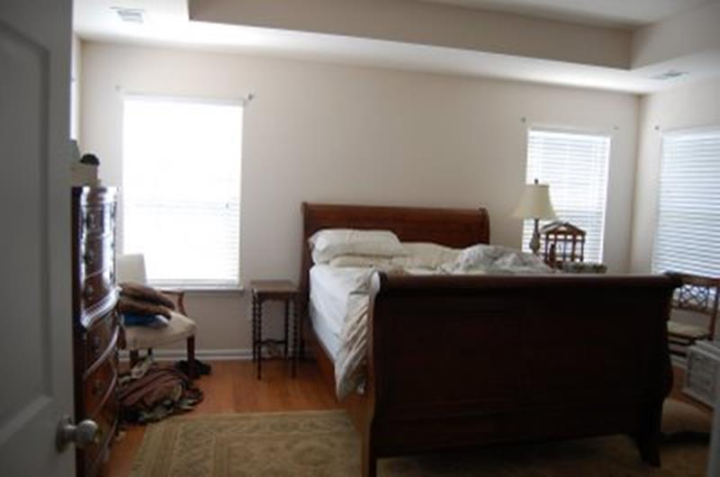12 Jaw Dropping Master Bedroom Remodels (Before and After)-4