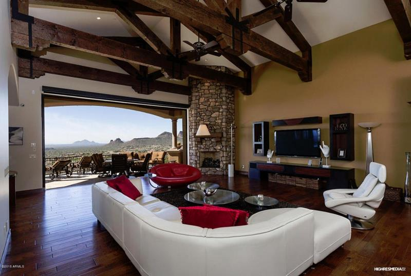 24 Design Ideas for Living Room Walls-6