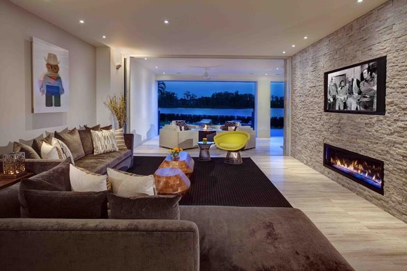 24 Gorgeous Living Rooms with Accent Walls-11
