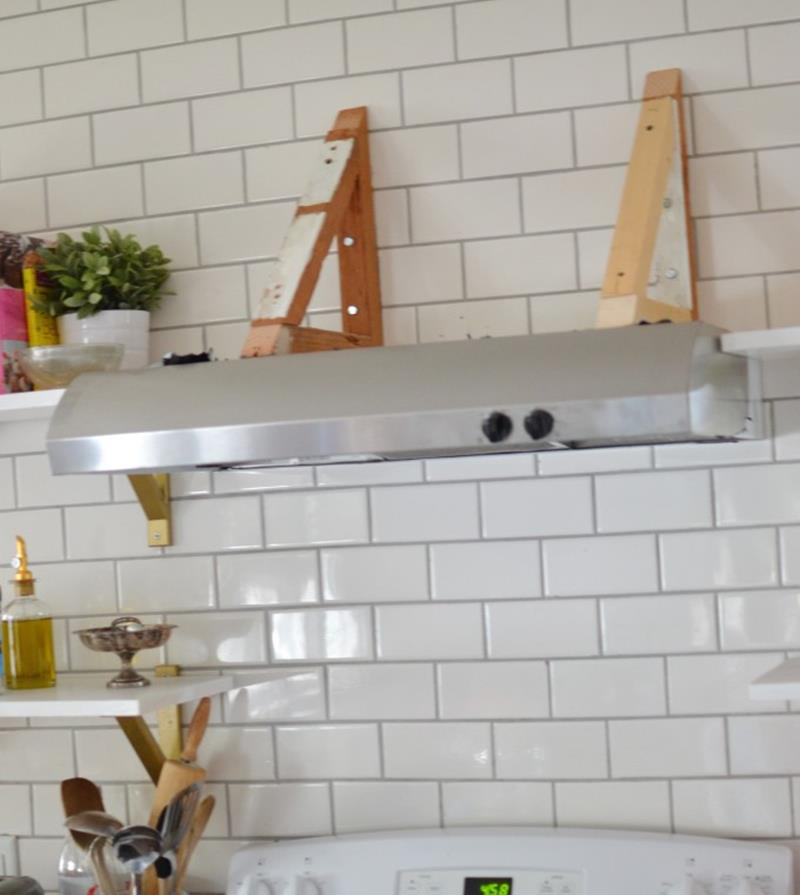 A Truly Inspiring DIY Range Hood Cover Project-2