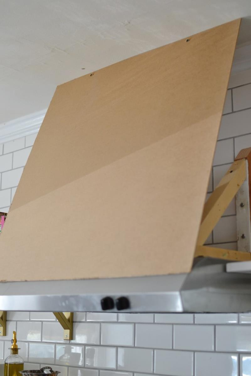 13 Pictures of a Truly Inspiring DIY Range Hood Cover Project
