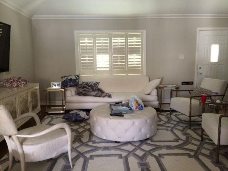 BEFORE AND AFTER 12 Inspiring Living Room Makeovers-3