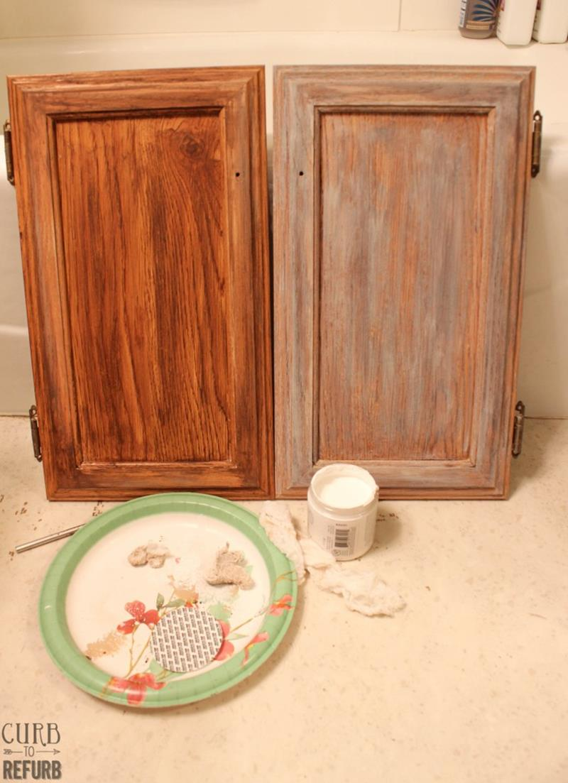 Check Out This Amazing Tiny Bathroom Makeover-3