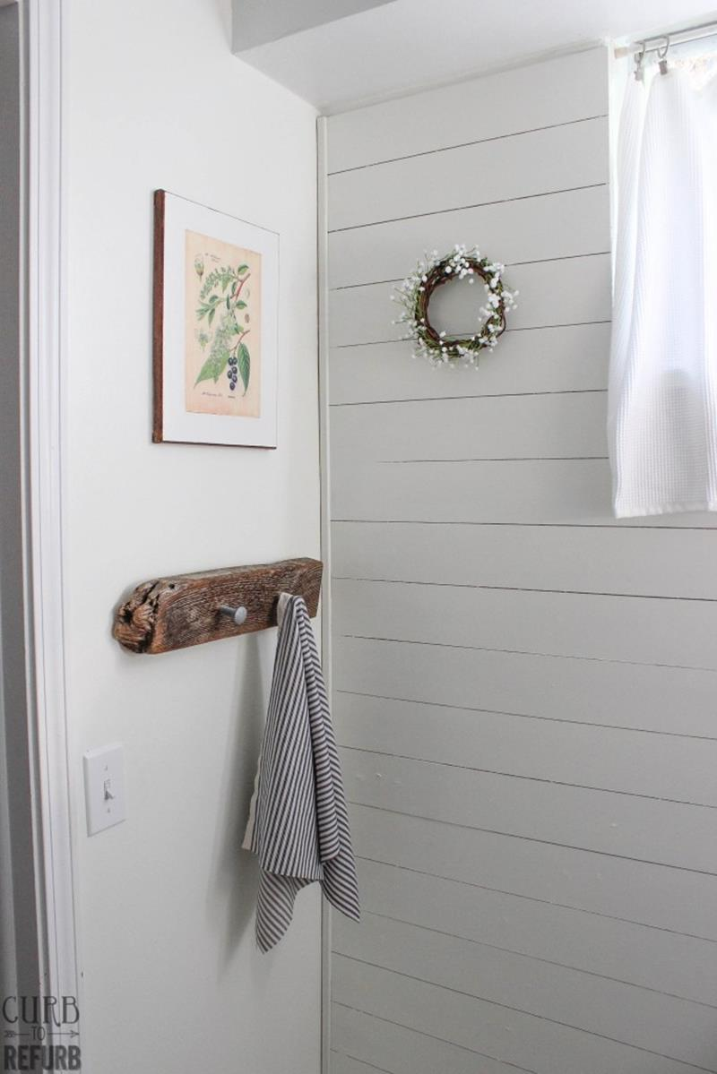 Check Out This Amazing Tiny Bathroom Makeover-9