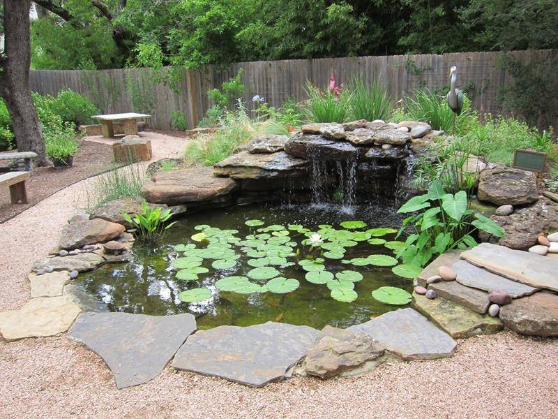 18 Wonderful Ideas for a Garden Pond-10