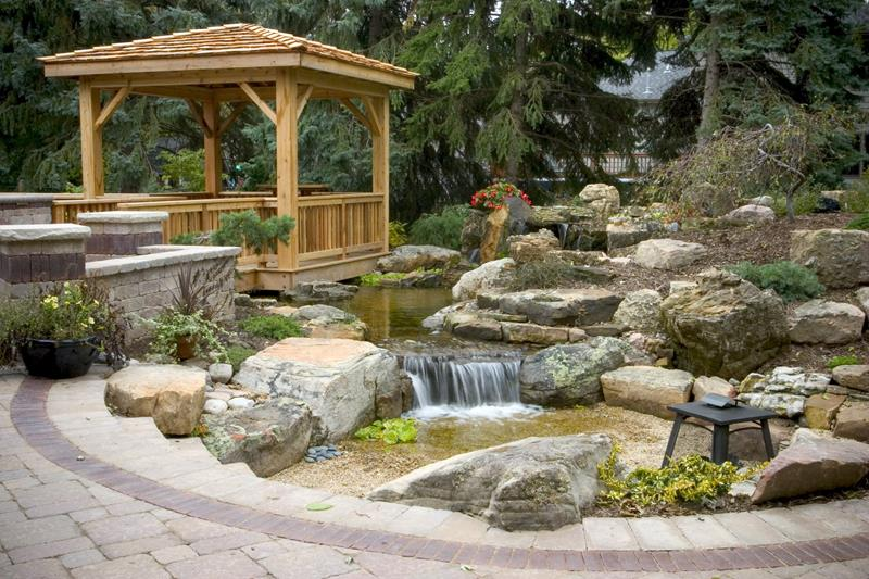 18 Wonderful Ideas for a Garden Pond-12