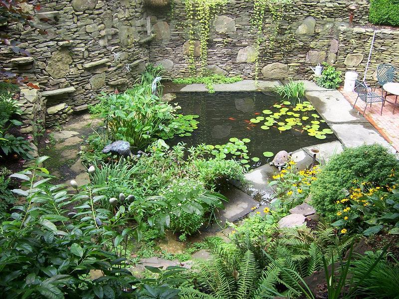18 Wonderful Ideas for a Garden Pond-8