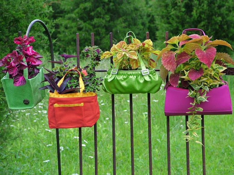 19 Inspirational Ideas for Recycled Hanging Baskets-16