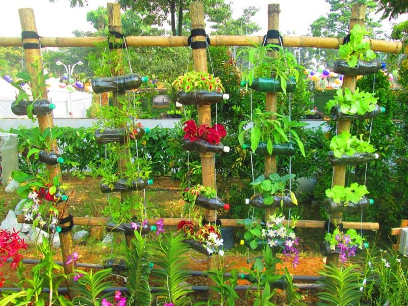 19 Inspirational Ideas for Recycled Hanging Baskets-6