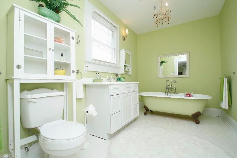 23 Amazing Ideas For Bathroom Color Schemes-18