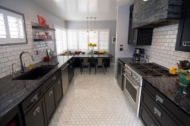 24 Beautiful Granite Countertop Kitchen Ideas-17