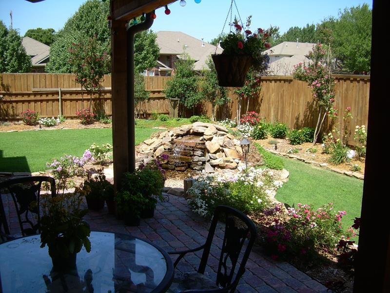 19 backyards with amazing landscaping