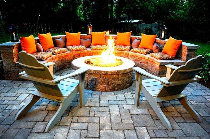 23 Backyard Fire Pit Designs-19