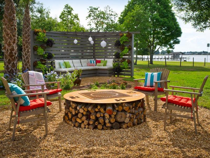 23 Backyard Fire Pit Designs-6