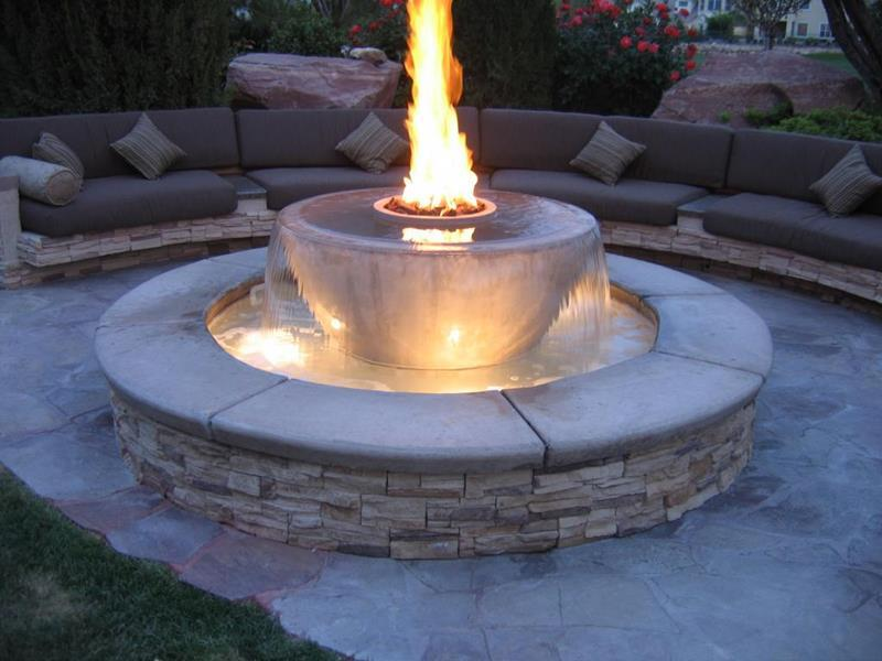 23 Backyard Fire Pit Designs-title
