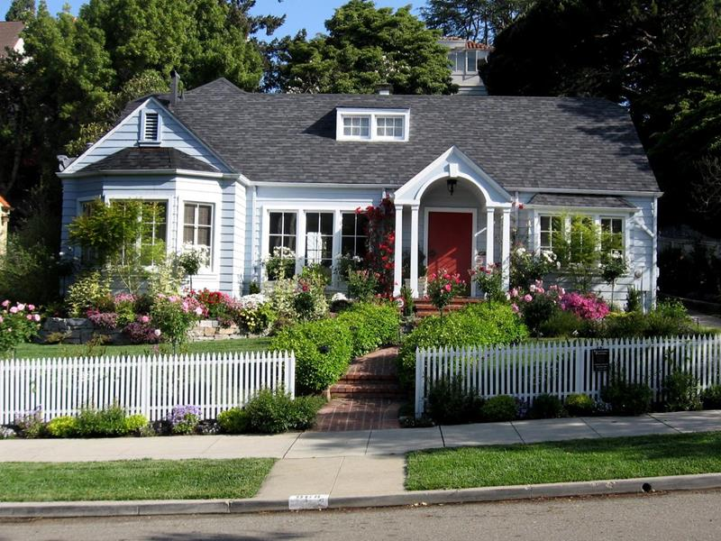 23 Gorgeous Front Yard Garden Ideas-2