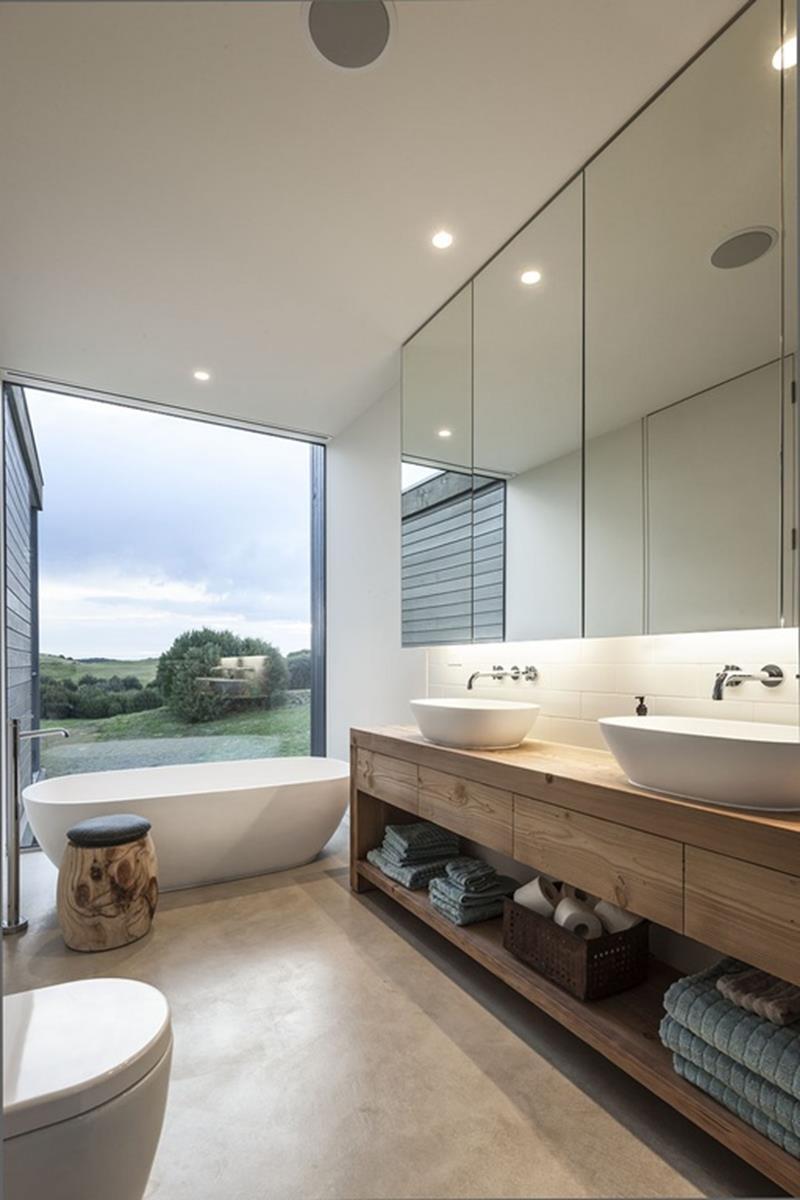 24 Beautiful Ideas for Master Bathroom Windows-18