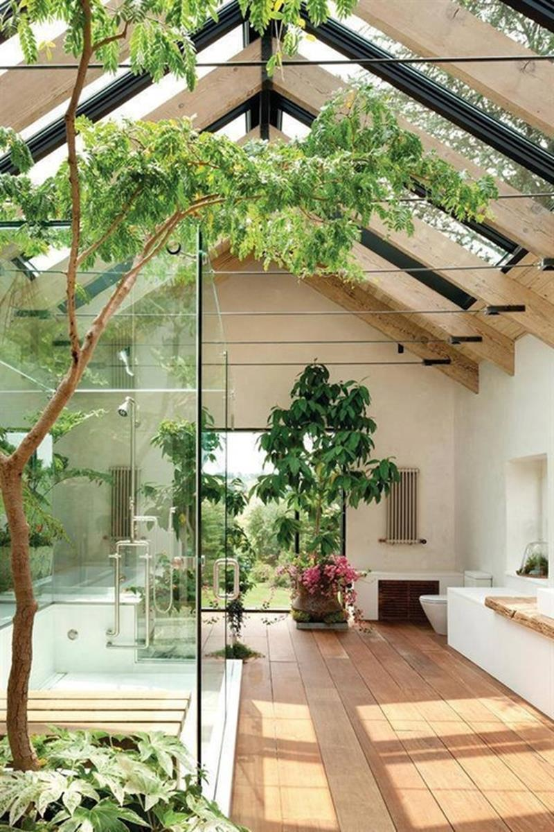 24 Beautiful Ideas for Master Bathroom Windows-19
