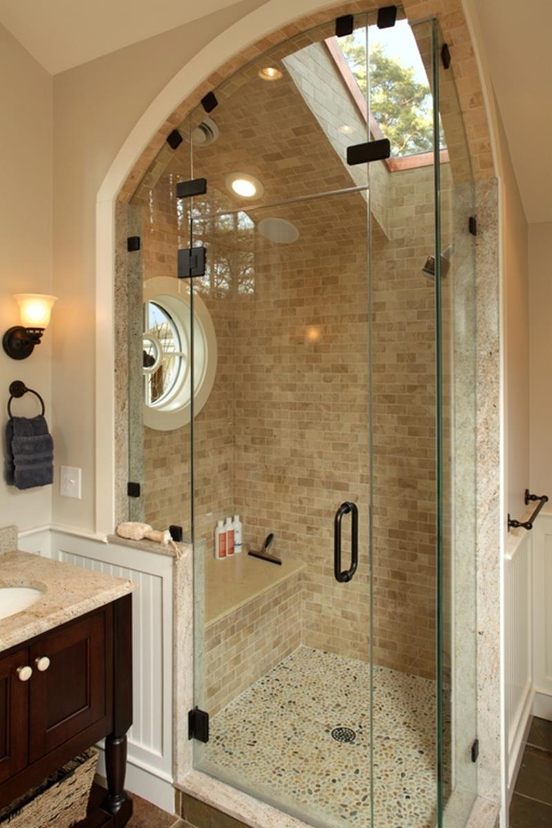 24 Beautiful Ideas for Master Bathroom Windows-9
