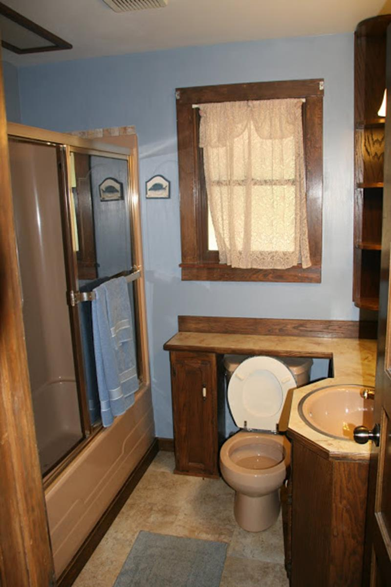 24 Pictures of Before and After Bathrooms with Cost-11