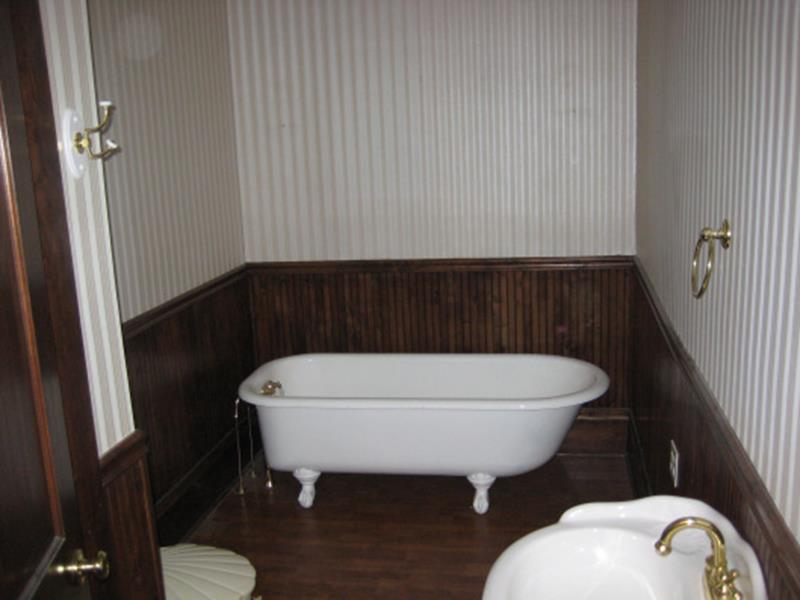 24 Pictures of Before and After Bathrooms with Cost-12