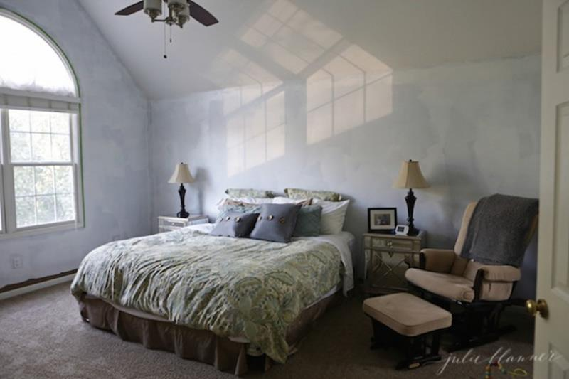 24 Pictures of Before and After Master Bedrooms with Cost-8