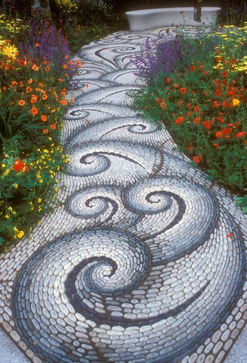 25 Beautiful Ideas for Garden Paths-2