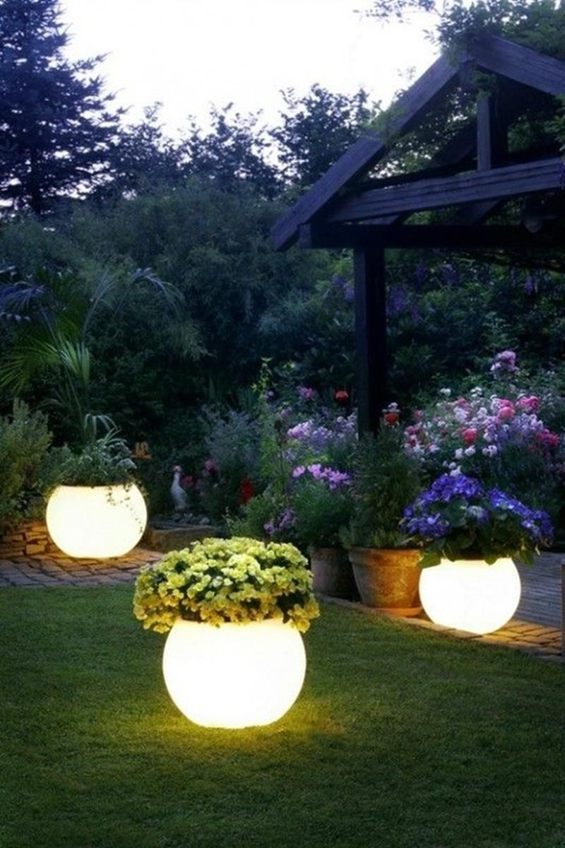 25 Beautiful Ideas for Garden Paths-3