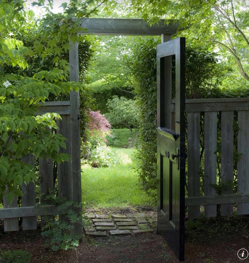 25 Beautiful Ideas for Garden Paths-5