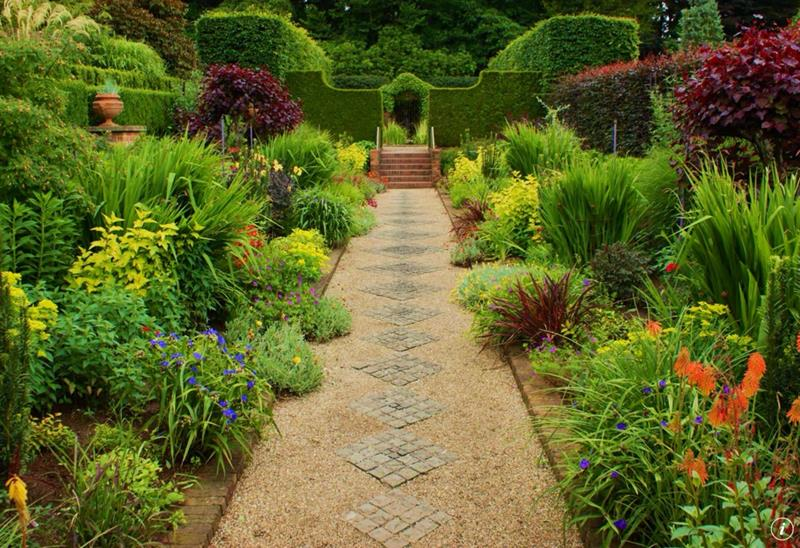 25 Beautiful Ideas for Garden Paths-title