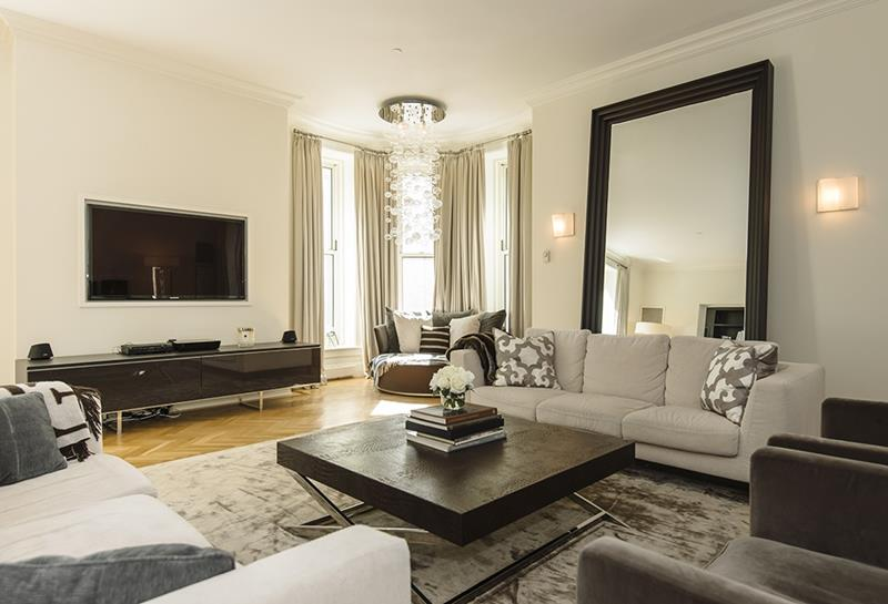 25 Professionally Designed Living Rooms-7