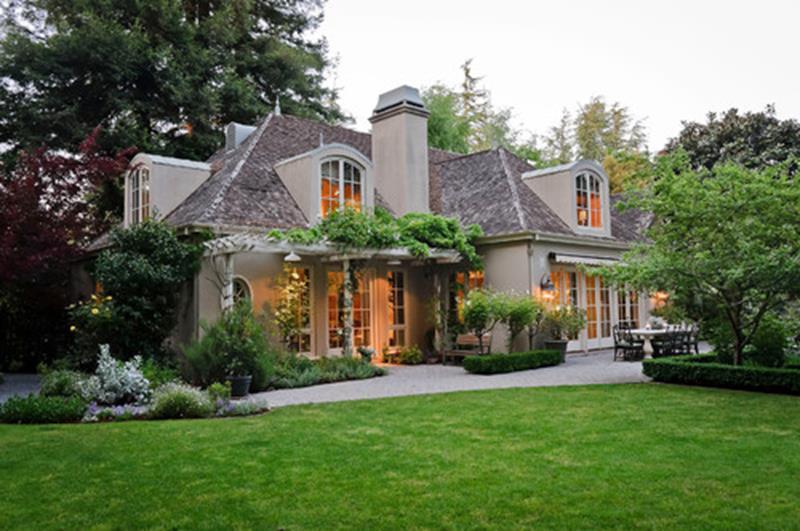 25 Stunning Home Exteriors-16