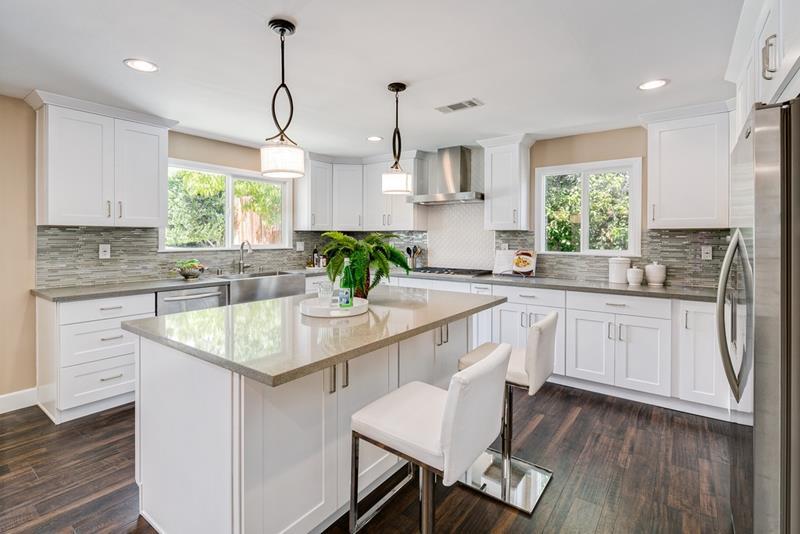 44 Kitchen Designs and Ideas-26