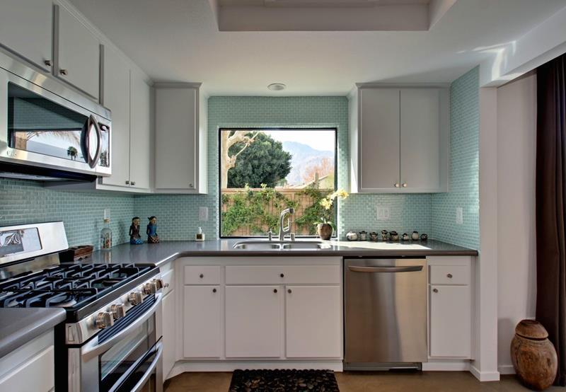 44 Kitchen Designs and Ideas-42