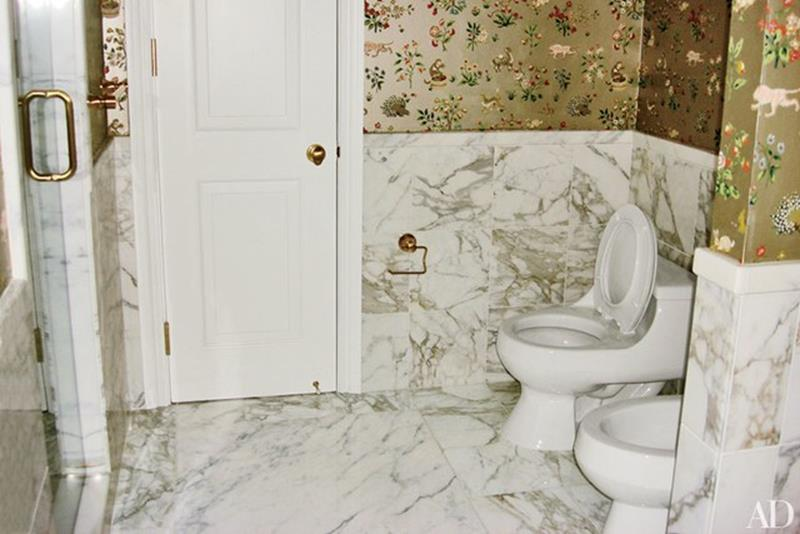 10 Amazing Before and Afters of Bathroom Remodels-10
