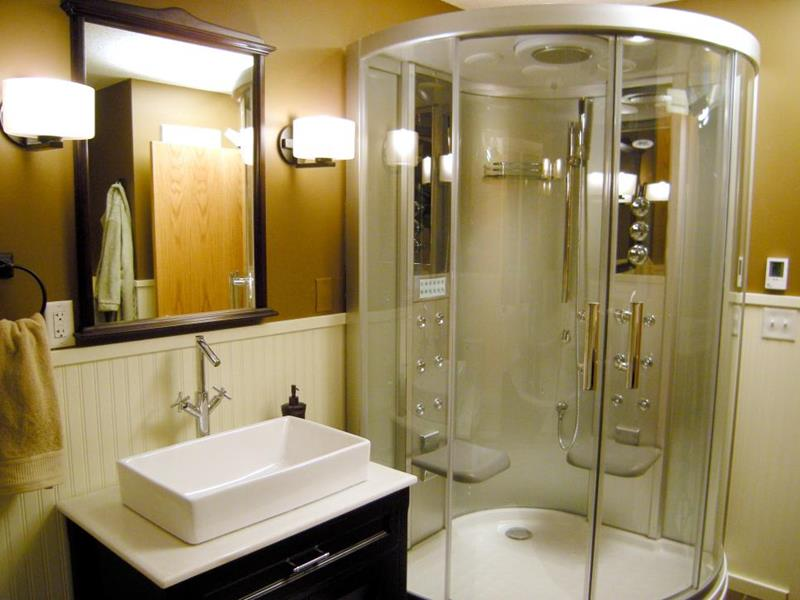 10 Amazing Before and Afters of Bathroom Remodels-6a