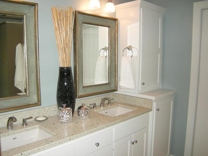 10 Amazing Before and Afters of Bathroom Remodels-7a