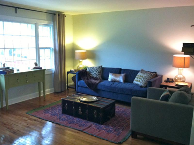 10 Before and After Living Room Remodels-2