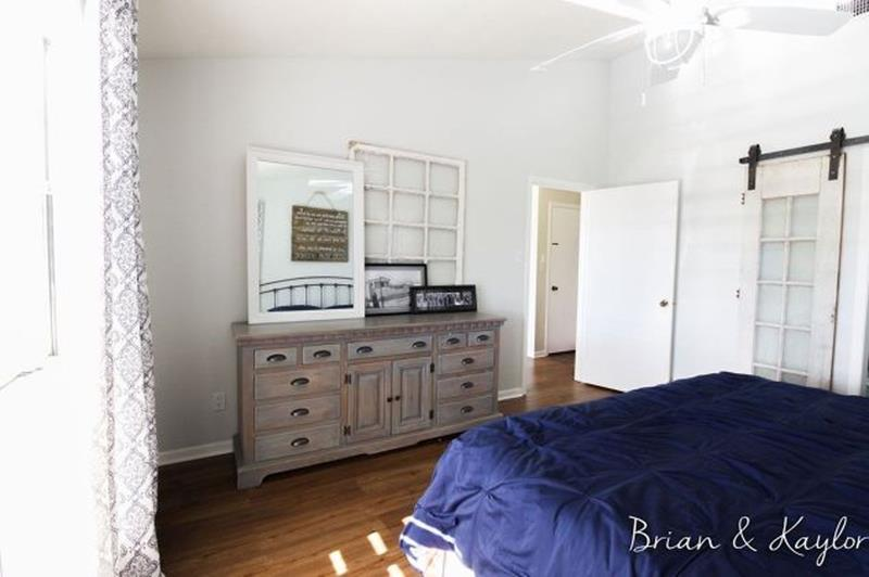 10 Pictures of an Amazing Bedroom Renovation-7