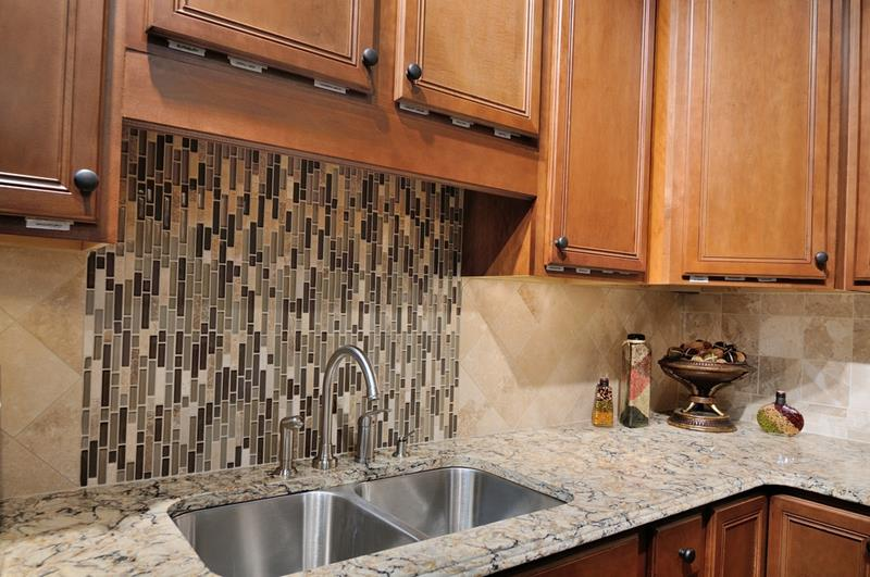 19 Brilliants and Beautiful Kitchen Backsplash Ideas-1