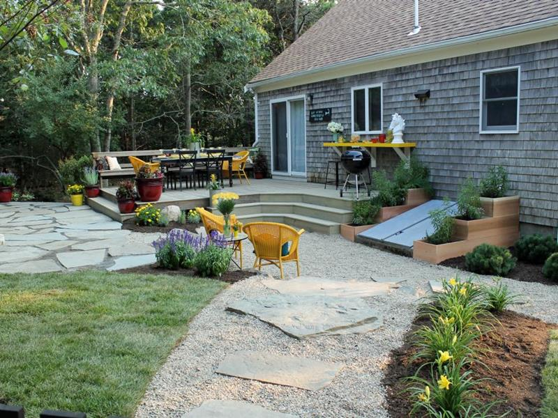 20 Before and After Pictures of Backyard Landscaping-1a