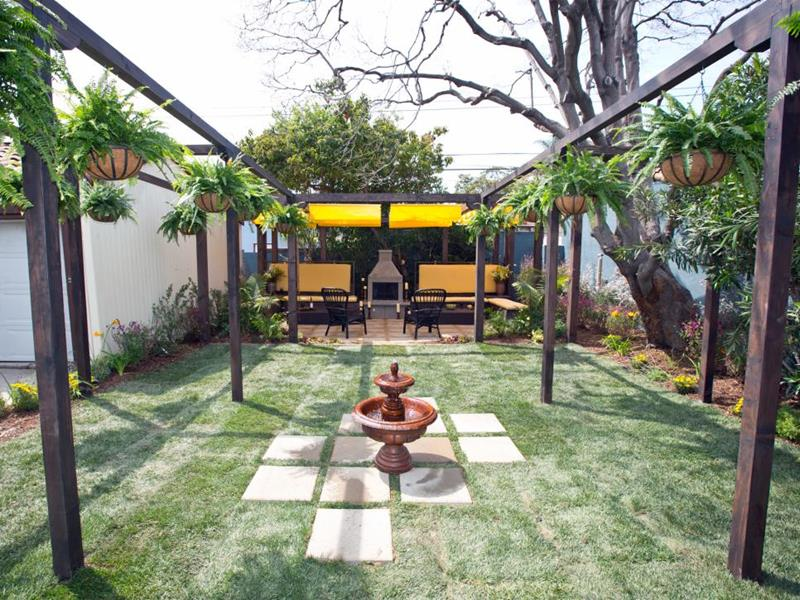 20 Before and After Pictures of Backyard Landscaping-2a