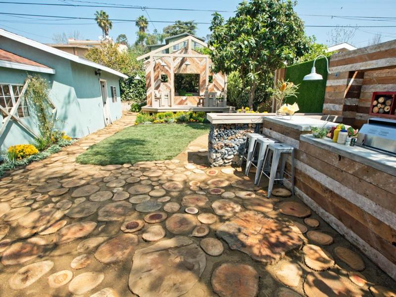 20 Before and After Pictures of Backyard Landscaping-4a