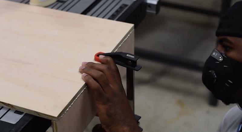 How to Make DIY Wood Pallet Backsplash