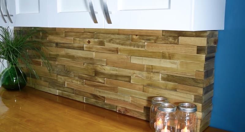How to Make DIY Wood Pallet Backsplash-title