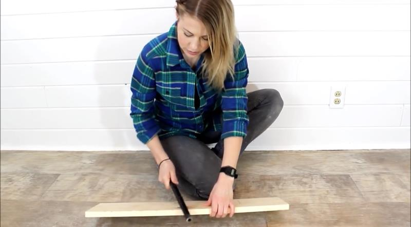 How to Make Your Own DIY Rustic Bathroom Cabinet-4