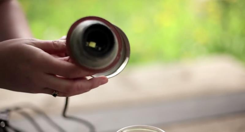 Making Beautiful Mason Jar Lanterns in 12 Easy Steps-9