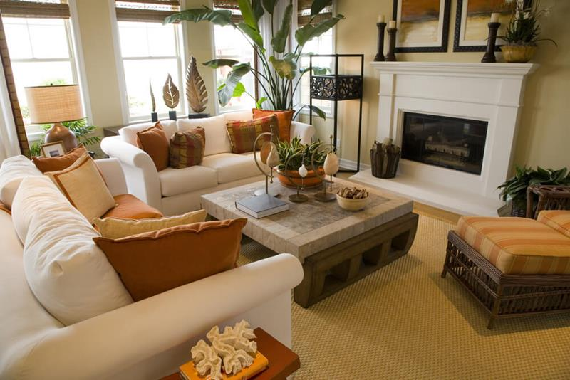 15-cozy-living-rooms-with-fireplaces-7